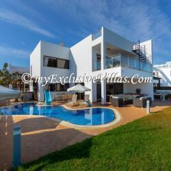 Seafront Front Holiday Villas In Cyprus