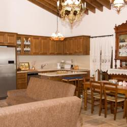 Xenios Cottages Traditional Apartments To Palatin